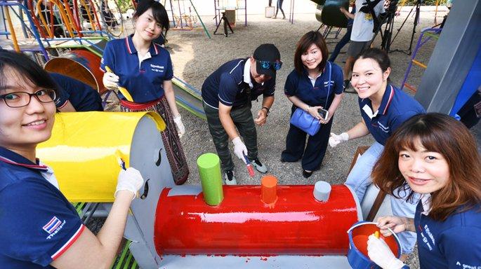 ช่อง 3 ร่วมกิจกรรม สื่อมวลชนสัญจร 2561 สร้างสนามเด็กเล่น-มอบห้องเรียนที่ จ.สุโขทัย